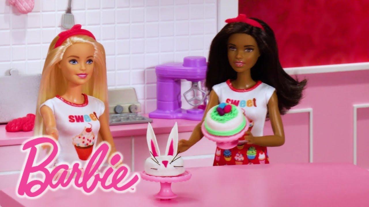 Barbie Cocina Y Crea Pastelitos Divertidos Barbie Youtube