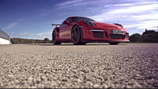 Porsche: The new Porsche 911 GT3 RS on the Nardo test track.