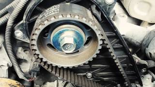 vuclip How to change the timing belt on a Toyota Hilux 3.0l D4D
