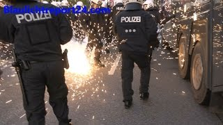 Einsatz extrem 1 Mai  Demo Hamburg Heftige Krawalle Schlagstock Pfefferspray Wasserwerfer Riot