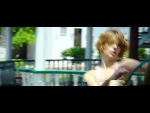 Ricky Martin   La Mordidita Official Video  Full Hd