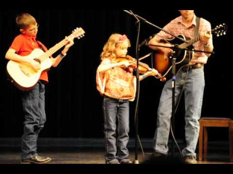 Grace in Small Fry Intermediate Division Idaho Open Fiddle Contest round 1