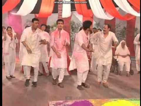 EHMMBH cast celebrating holi (IF)