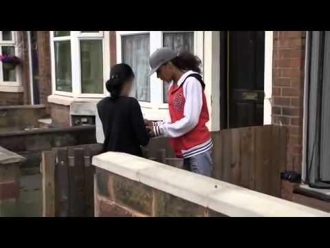 Benefits Street S01E01