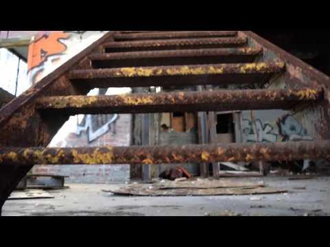 Exploring the Ruins of Fort Tilden (2/3)