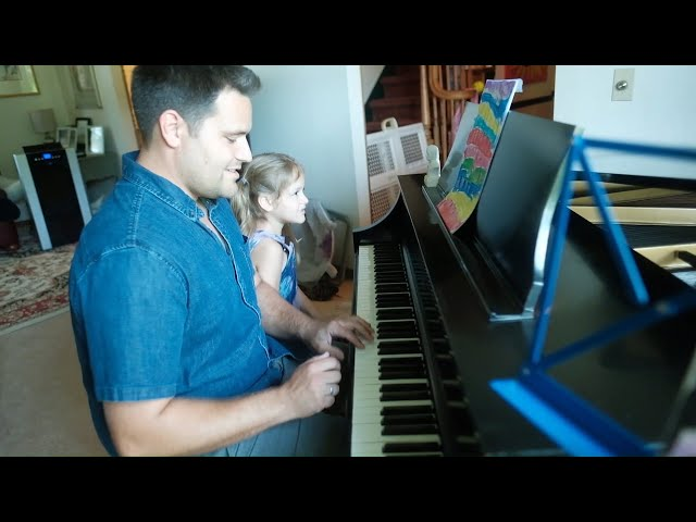 The Green Room - Musician interprets daughter's paintings as sheet music