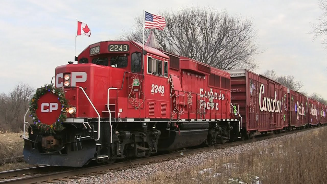 cp 2249 west the canadian pacific holiday train on 12 4 2014 youtube