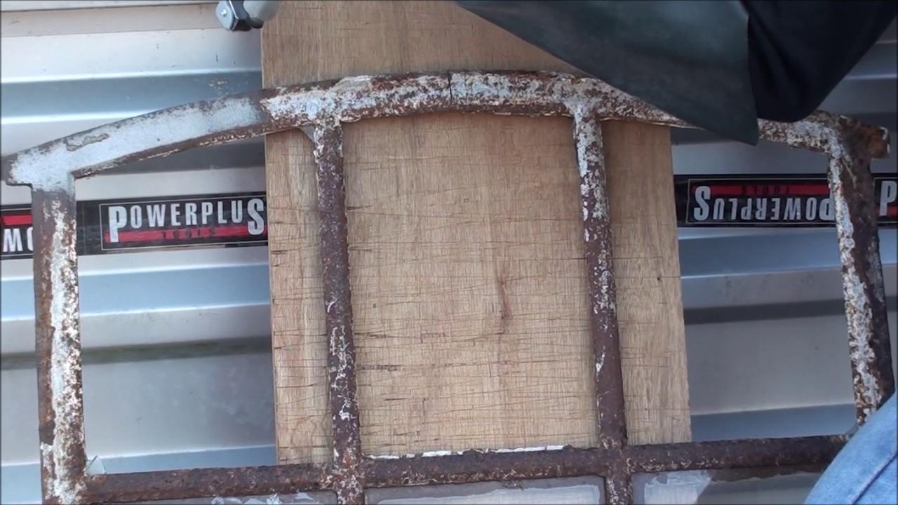 hartn ckigen rost entfernen mit einem sandstrahlkessel. Black Bedroom Furniture Sets. Home Design Ideas