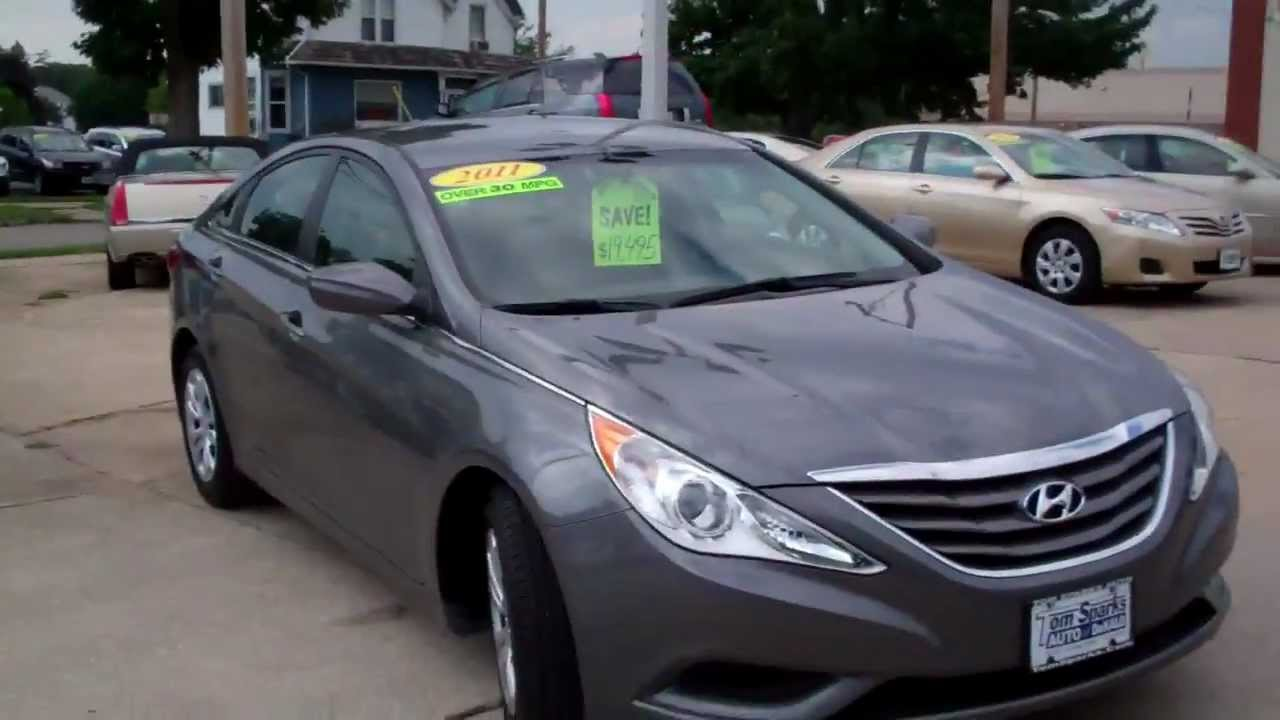 2011 Hyundai Sonata GLS 4dr Great Gas Mileage Dekalb IL Near Rockford IL.
