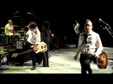 Drunken Lullabies - Flogging Molly (Live at Greek Theater) Mp3