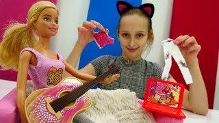 Игры для девочек - Барби на пижамной вечеринке