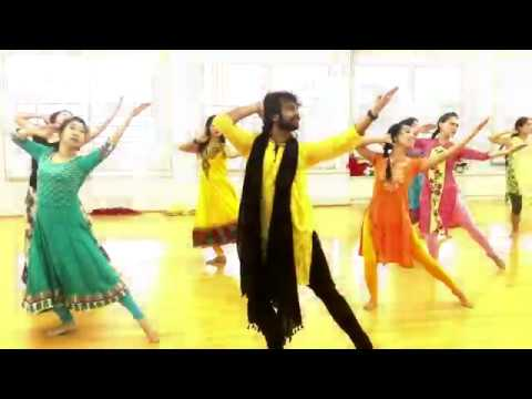 Mujhe Rang De- Bollywood Dance by Devesh Mirchandani in Taiwan