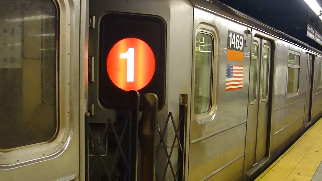 Irt 7th Ave Line R62 1 Train At 34th St Penn Station Madison Square Garden Weekend Youtube