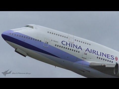 China Airlines Boeing 747-409 Landing and Takeoff at Brisbane Airport