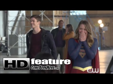 """THE FLASH - S3 E8 """"Heroes vs. Aliens"""" Featurette (The Flash, Arrow, Supergirl, Legends of Tomorrow)"""