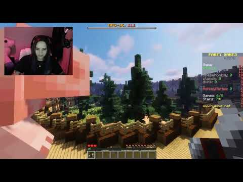 Minecraft: Minigames FLYING WITH PIGS