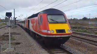 Video Trains at Peterborough station 02/10/2017 download MP3, 3GP, MP4, WEBM, AVI, FLV Januari 2018