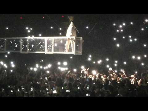 Rihanna Woo (Live) Anti World Tour Tampa,Fl
