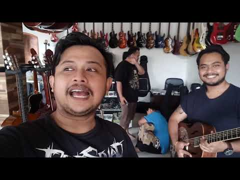 Jauh jauh Dari Pilipina MANILA beli Gitar Dobro washburn by dennystunt