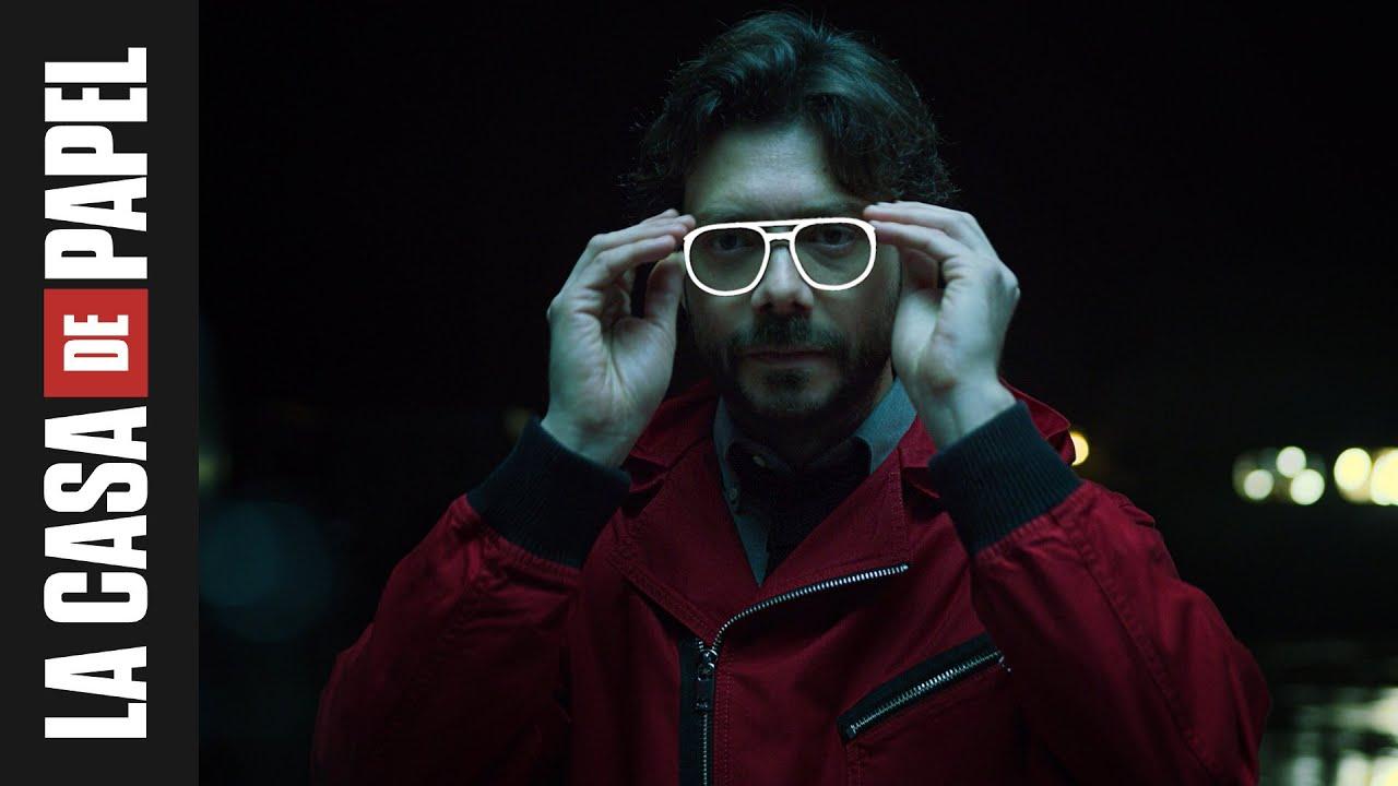 La Casa de Papel | El Profesor ajustándose las gafas | Netflix