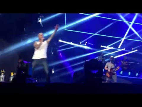 Maroon 5 - São Paulo - Lost Stars / She Will Be Loved / Moves Like Jagger / Sugar -19/03/2016