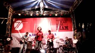 Video Topi Miring reggae krian live @karangpoh - Di dekatmu + saat ku luka download MP3, 3GP, MP4, WEBM, AVI, FLV Mei 2018