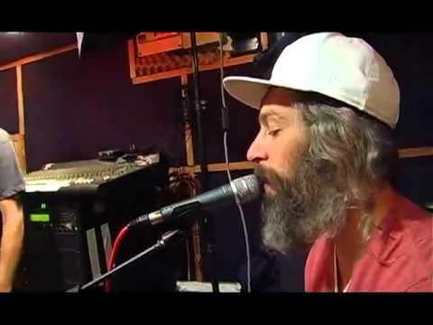 Matisyau Hadag Nahash - The Sticker Song הדג נחש ומתיסיהו - שירת הסטיקר