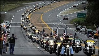 Baixar EVERY SINGLE BIKER IN AMERICA HEARS TRUMP'S CALL! LOOK WHERE THEY ARE HEADING NOW