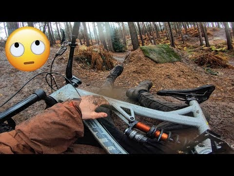 Crashes, snapped spokes and big jumps at Woburn Sands!