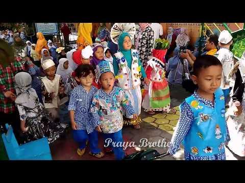 Festival Kostum Baju Daur Ulang Anak Tk Festival Recycled Clothes