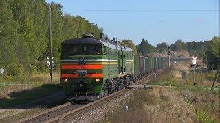 2ТЭ10М 3569 с грузовым поездом  2TE10M 3569 with a loaded freight train
