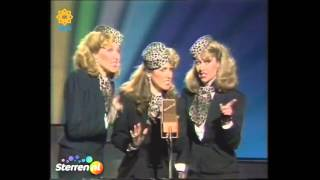 Star Sisters - Andrews Sisters Medley (Don