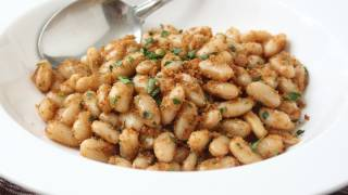 Sandy Beans Recipe - White Beans with Crispy Parmesan Breadcrumbs