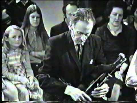 Séamus Ennis - Uilleann Pipes - The Bucks of Oranmore. 1972