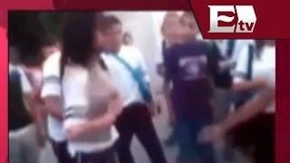 Madre presencia pelea de su hija en secundaria de Aguascalientes / Todo México