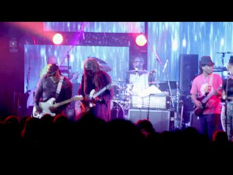 Knee Deep (solo) - Blackbyrd and Ricky Rouse (George Clinton and Parliament Funkadelic)