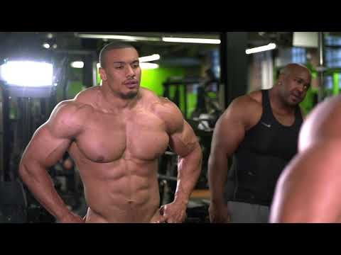 Larry Wheels 8 weeks out from bodybuilding competition : bodybuilding