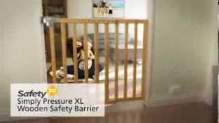 Safety 1st Simply Pressure XL Wooden Safety Barrier