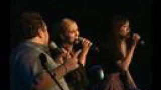 VANNA, JACQUES & IVANA KINDL - ET Acoustic Medley