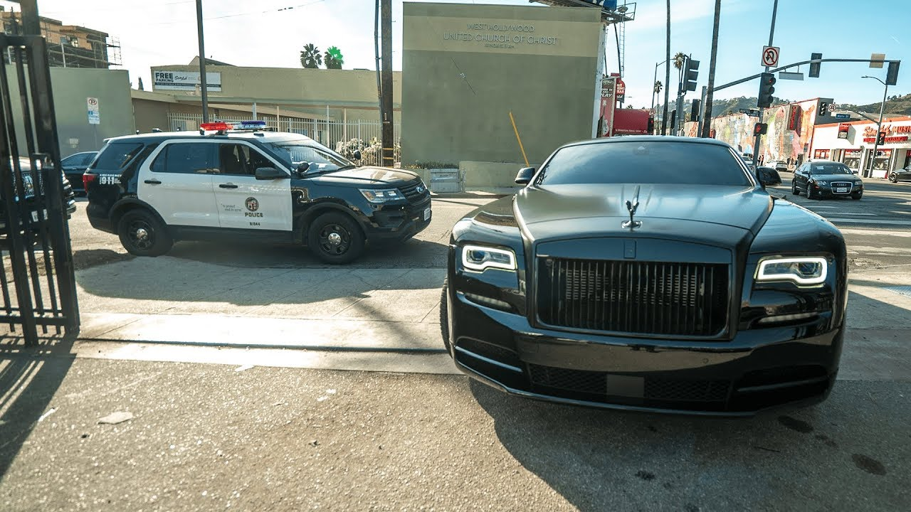 Rdbla Police Vs Rolls Royce Widebody Lambo Lots Of Servicing Youtube