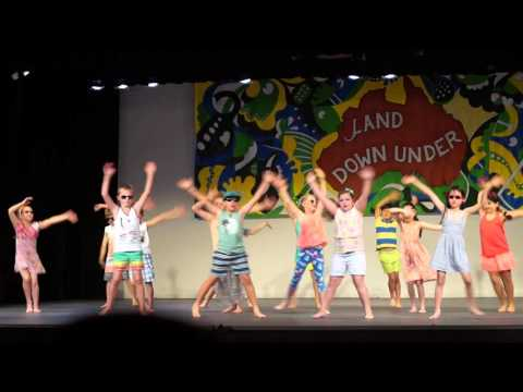 Primary School dance performance: Run to Paradise - class 3AW& 3F