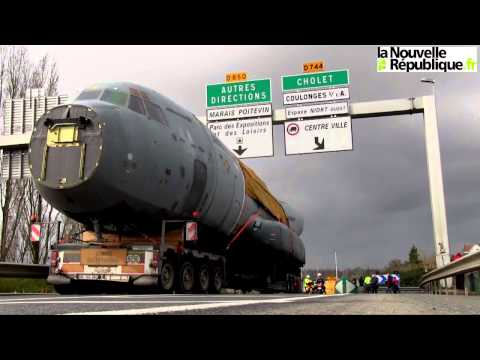 VIDEO. Avion à Niort : dans la cabine du convoi exceptionnel