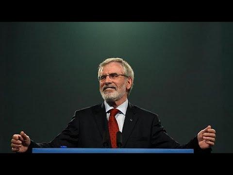 Gerry Adams deja la presidencia del Sinn Féin