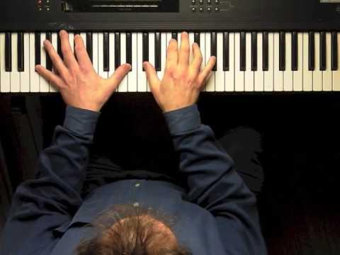 "How to play ""America The Beautiful"" on piano like John Legend"