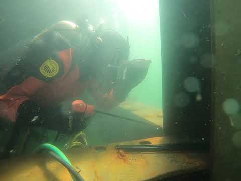 Underwater Cutting of Large I Beams with Broco