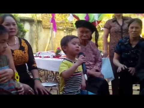 Bé 3 tuổi hát nhạc vàng cực đỉnh, ca sĩ Quang Lê phiên bản nhí