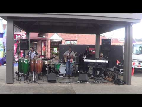 Flora D'Luna - Showcase gig #1 for Eltham Jazz Festival