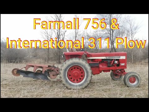 International #311 Plow & Farmall 756 Plowing