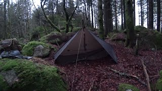 Übernachten im Wald: Lagerbau, Lagerfeuer, Nachtwanderung, Essen, Ritual, Schlaf, Abbruch!