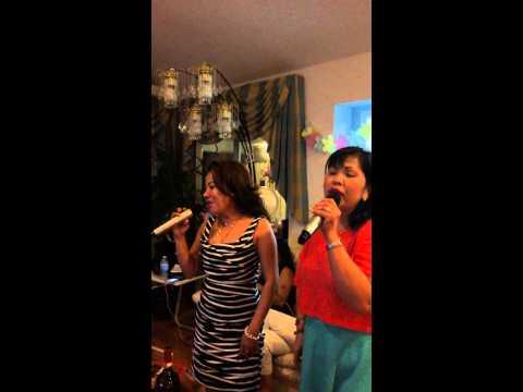Amy & Juls bff Karaoke